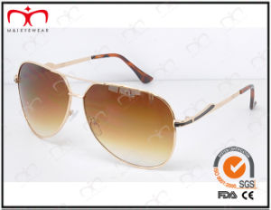 Fashionable Hot Selling UV400 Protection Metal Sunglasses (KM15015) pictures & photos
