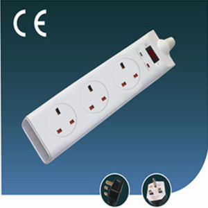 UK Standard Three Ways Extension Power Socket