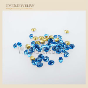 Hot Sale Clear Diamond Shape Rhinestone Non Hot Fix Rhinestone pictures & photos