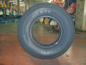 Radial Tyre (9.00R20)
