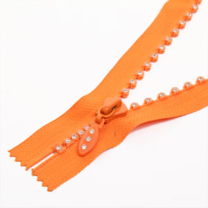 Fashion Plastic Zipper with Diamond Teeth Close End pictures & photos