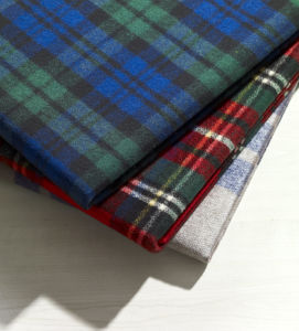 Wool and Polyester Blending Blanket for Picnic