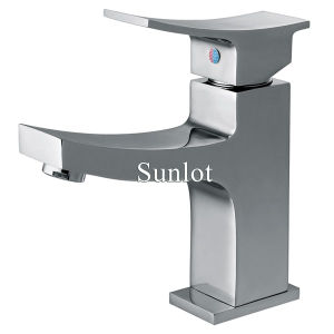 Single Handle and Hole Brass Basin Faucet (LD12161)