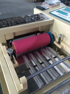Elastic Band, Webbing, Safety Belt, Luggage Belt Cutting Machine pictures & photos