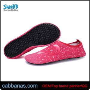 China Womens Outdoor Hiking Water Shoes with Wide Sole - China Aqua Shoes  and Snorkeling Shoes price