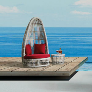 New Deisgn Hotel Beach Furniture Sun Lounge Ofa Bed with Coffee Table (YT632) pictures & photos