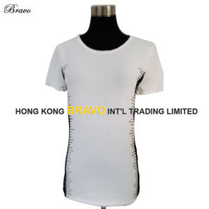 Woman′s Round Neck Short Sleeve Knitted Sweater with Lace Stone (BR054)
