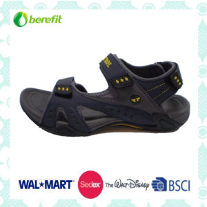 PU Upper with Plastic Patch Decoration, Men′s Sporty Sandals pictures & photos
