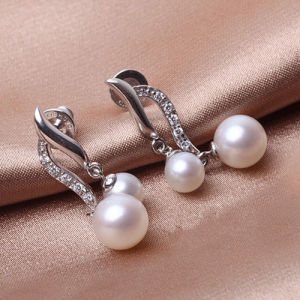 Double Pearls Silver Earrings pictures & photos