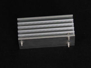 Factory Price Custom Made Quality Extruded Anodized Aluminum Heat Sink pictures & photos