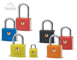 High Quality Plastic Coated Zinc Alloy Padlock pictures & photos