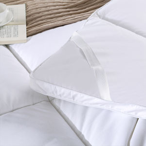 Washable and High Quality Adult Bed Mattress Pad for Hotel (DPF10151) pictures & photos