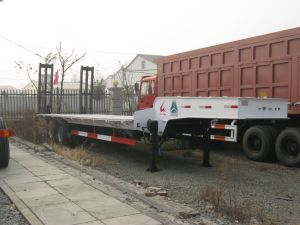 3 Axle Low Bed Semi Trailer for Machine pictures & photos