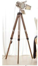 Hight Quanlity Modern Wooden Tripod Floor Lamp for Project Decoration pictures & photos