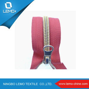 3# Zippers Wholesale Bag with Nylon Zipper Polyester Zipper pictures & photos
