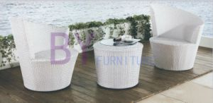 White Outdoor Garden PE Rattan Furniture with Thickness Glass Table