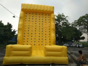 Commercial Inflatable Rock Climbing Wall Sports for Sale pictures & photos