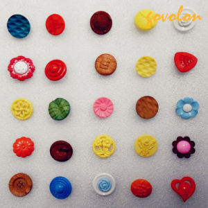 Fashion Garment Accessories/Plastic Buttons/CE Approved pictures & photos