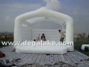 White Color Inflatable Bouncy House for Commercial