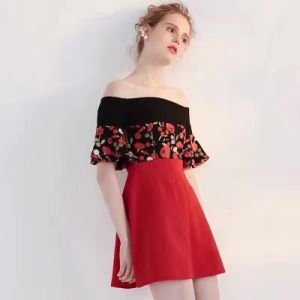 Summer Fashion off-Shoulder Flowers Pretty Ladies Dress pictures & photos