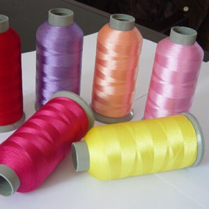 120/2 280 Tpm Cheap Reflective Embroidery Thread pictures & photos