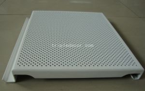 Spray Coating Processing Square Perforated Aluminum Panel