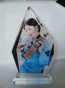 New Arrival Photo Pringting Crystal Portrait Frame pictures & photos