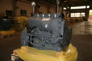 Deutz 4 Strike 4 Cylinder Engine F4l912 pictures & photos