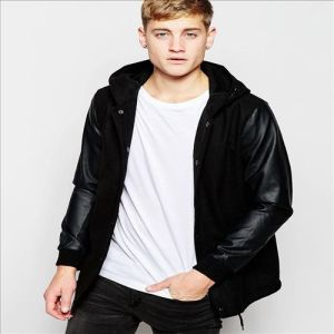 2016 Men′s Hooded Varsity Jacket with Faux Leather Sleeves pictures & photos