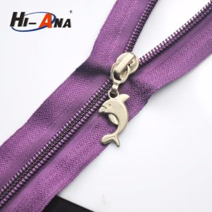 New Tachnology to Lead Our Clients′ Needs Custom Zipper Slider pictures & photos