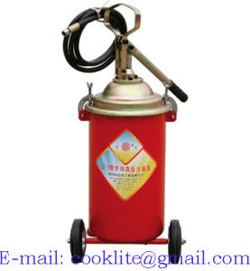 Heavy Duty Manual Lubricator Grease Pump Bucket Greaser - 12L pictures & photos