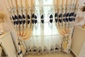 Gold Metallic&Applique Embroidery Curtain (MXC-01) pictures & photos