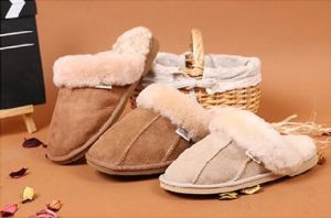 Casual Sheepskin Winter Men Shoes Indoor Slippers pictures & photos