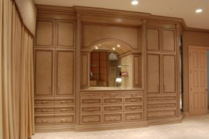 Solid Wood Wardrobe, Bedroom Furniture #Yb-10 pictures & photos