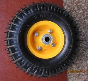 Production Tyre and Wheel (TC0002) pictures & photos