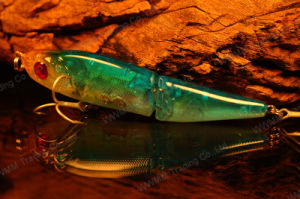 High Grade Plastic Fishing Lure--Lifelike Joint Minnow with 3D Eyes (HMTB100) pictures & photos