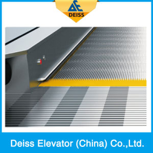Vvvf Conveyor Travelator Automatic Moving Sidewalk with 12 Degree pictures & photos