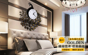 Customized Luxury Clock Acrylic Golden Clock pictures & photos
