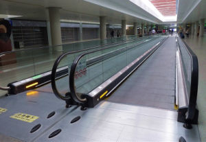 Passenger Moving Walk Conveyor / Luggage Conveyor pictures & photos