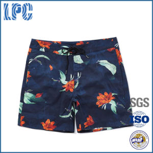 OEM 2017 Spring Fashion Printed Embroidered Men Shorts pictures & photos