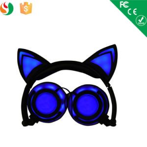 Fashion Wired Stereo Glowing Cat Ear Cute Headphones pictures & photos