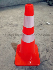 Hot Selling PVC Traffic Cone 70cm for Road Safety pictures & photos