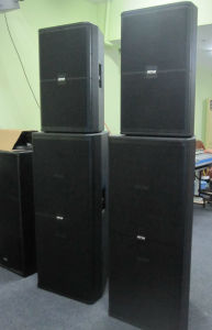 "15"" Two Way Powerful Professional Speaker (SRX-715) pictures & photos"