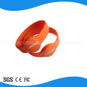 RFID Access Control Waterproof Silicon Wristband pictures & photos