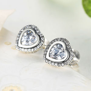 CZ Stone Heart Shape S925 Jewelry Sterling Silver Earrings pictures & photos