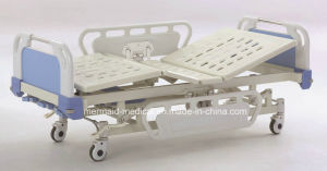 Three-Function Manual Hospital Bed a-10 (ECOM27) pictures & photos