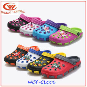 Kids EVA Clogs Beach Cartoon Wear Non-Slip Garden Sandals for Children pictures & photos