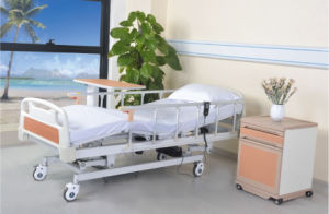 Cheap L&K Motor 5-Function Electric Hospital Bed pictures & photos