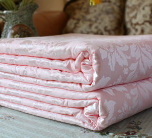 Bright Pink Soft and Smooth Silk Comforter