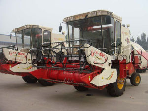 80HP Wheat and Rice Combine Harvester with Cheap Price pictures & photos